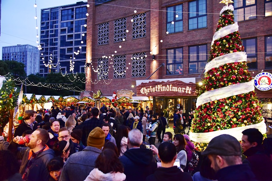 BLN-Christmas-Market.jpg