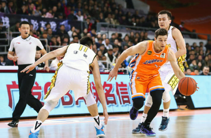 WATCH: Jimmer Fredette's 75-Point Scoring Spree Ends in Shanghai Loss