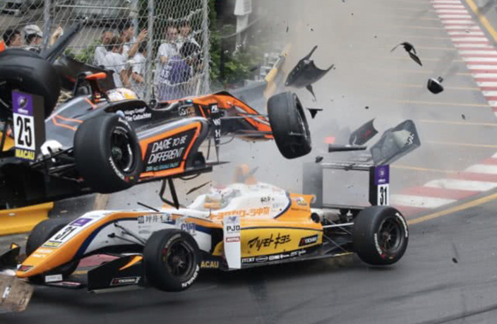 WATCH: Death-Defying Car Crash at Macau Grand Prix