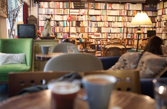 Books And Vinyl at this Cafe