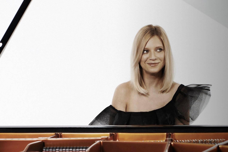 Valentina-Lisitsa-Piano-Recital.jpg