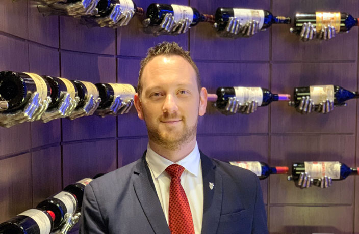 Macau Sommelier on Bizarre Wine Tastes and Complaints