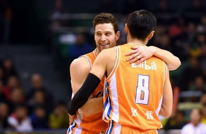 Shanghai Shark's Jimmer Fredette Reaches Deal With NBA Team