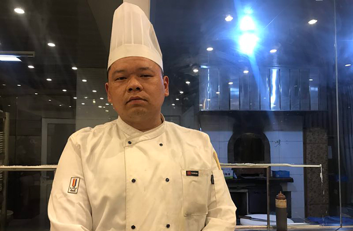 Getting Moderately Deep With... An Assistant Chef at a Beijing Duck Restaurant