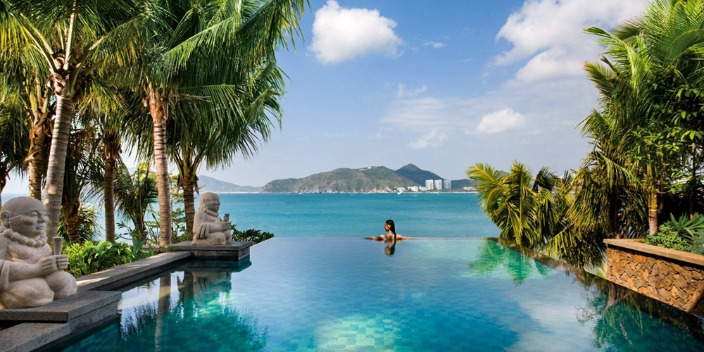 Hainan: Spend 2 Nights in an Ocean-View Resort