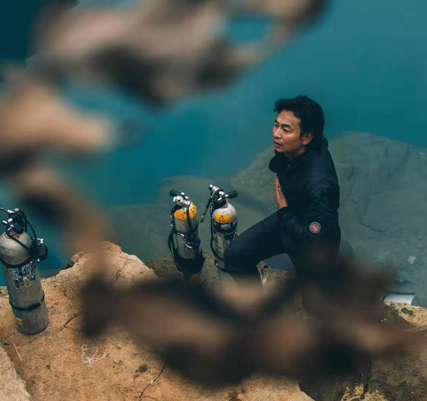 cave-diving-china-2.jpg