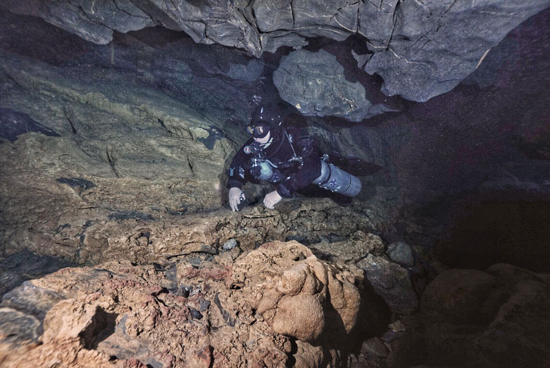 cave-diving-china-30.jpg
