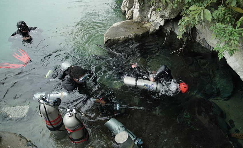 cave-diving-china-8.jpg