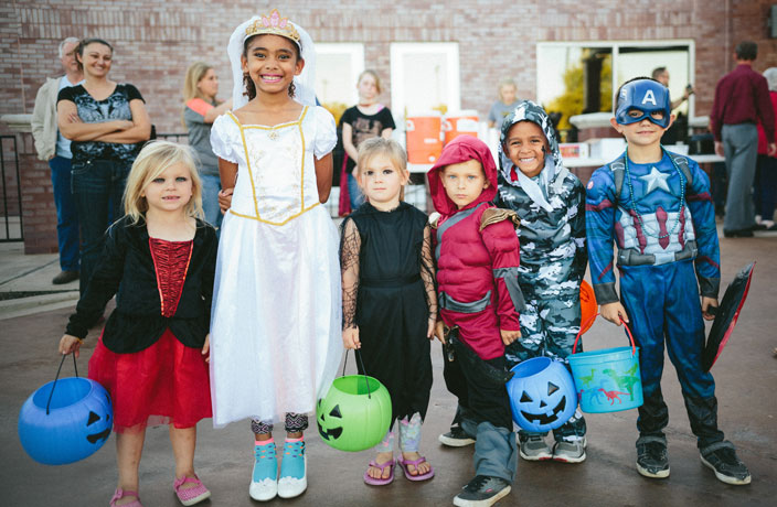 Last-Minute Candy Ideas for Halloween Trick-or-Treating