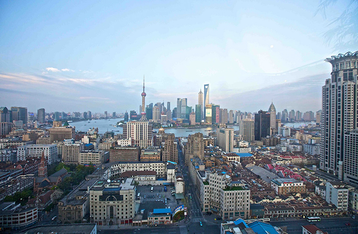 Foreigners in Shanghai Can Now Register Their Residence Online