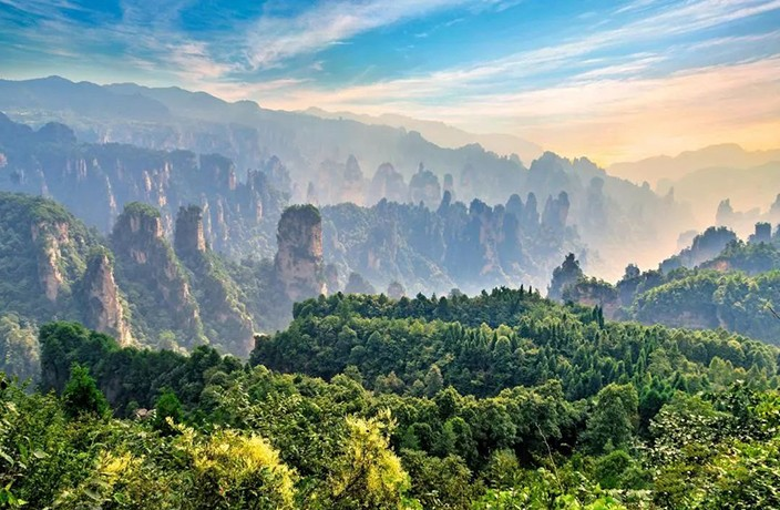 Explore the Real-Life World of 'Avatar' on This Zhangjiajie Tour