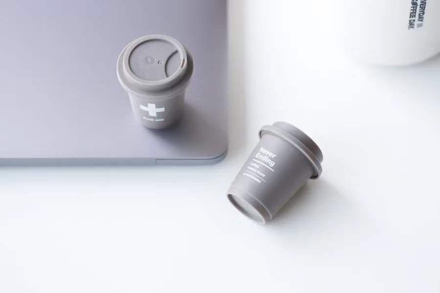 WIN! Deluxe Instant Coffee Set from Saturnbird