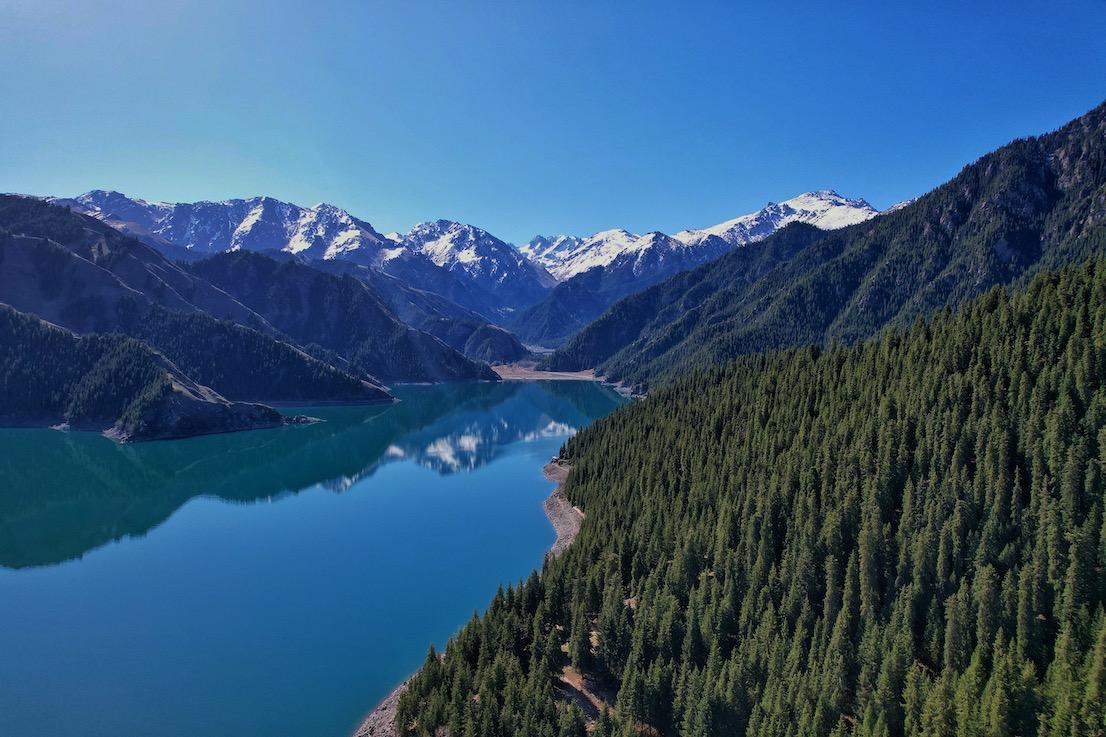Heavenly-Lake-4.jpg