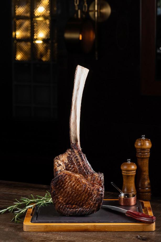 Tomahawk-Steak.jpg