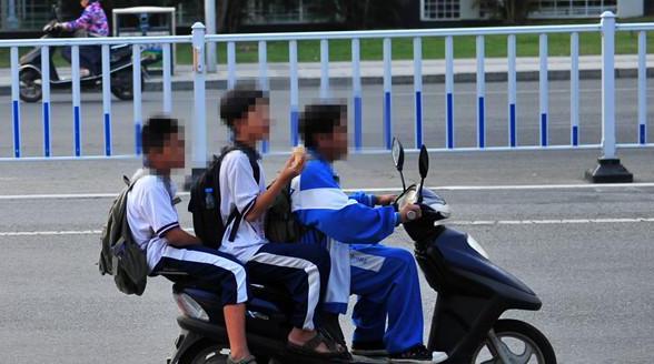 sanya-kids-moped.jpg