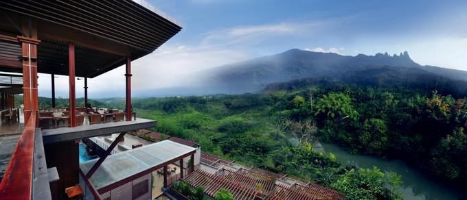 mountain-hotel-hainan-china.jpg
