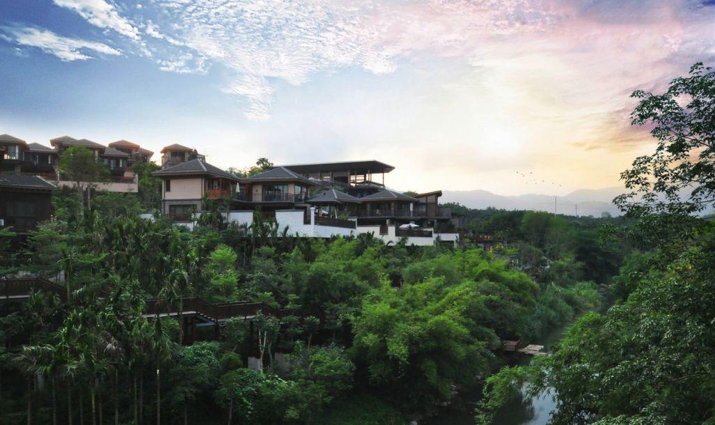 mountain-hotel-sanya-china.jpeg